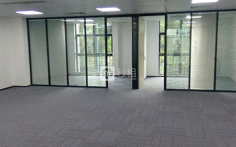 南京大学产学研基地写字楼出租200平米精装办公室120元/m².月