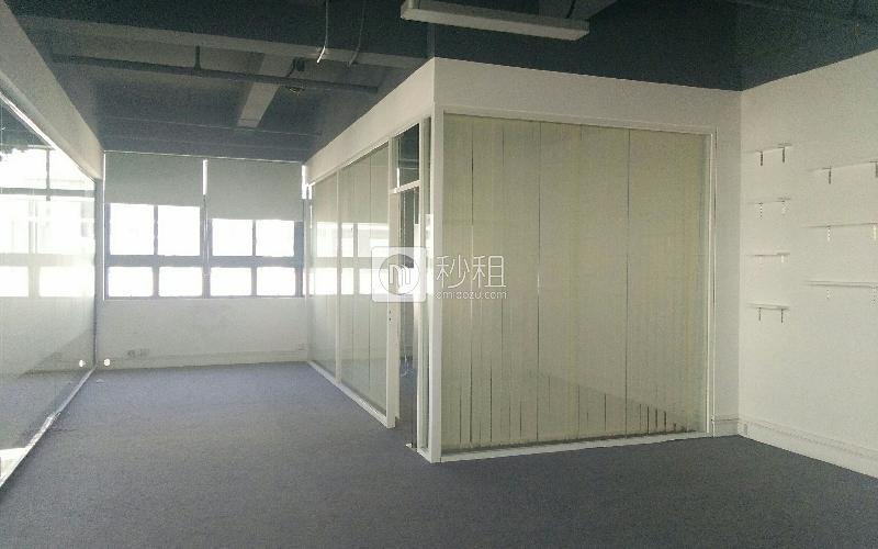 明禧产业园写字楼出租128平米精装办公室45元/m².月
