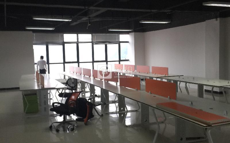 汇亿财富中心写字楼出租410平米精装办公室56元/m².月