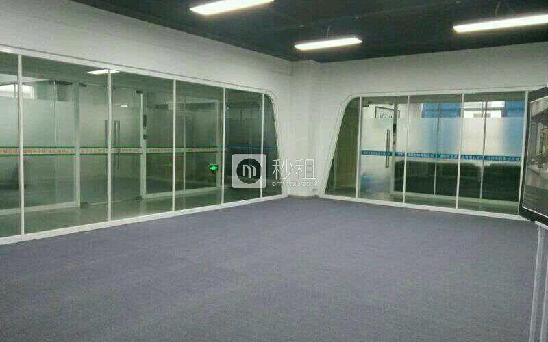明禧产业园写字楼出租120平米精装办公室45元/m².月