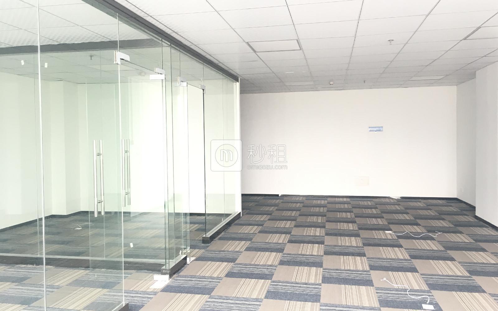 卫东龙商务大厦写字楼出租75平米豪装办公室7500元/间.月
