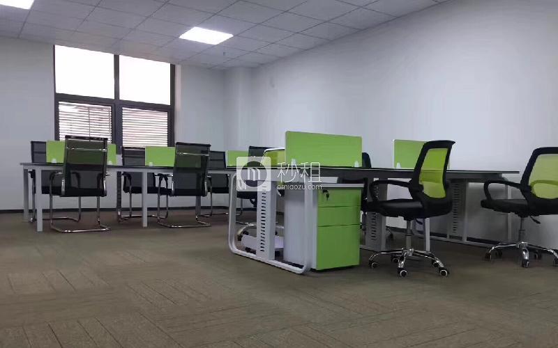 尚美创客大厦写字楼出租91平米简装办公室39元/m².月