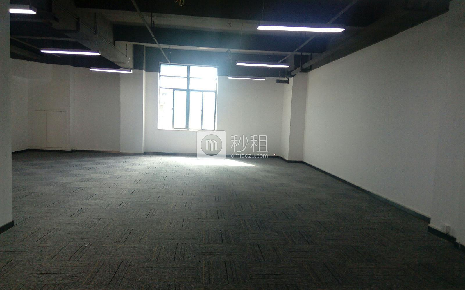 文峥鑫大厦写字楼出租156平米精装办公室80元/m².月