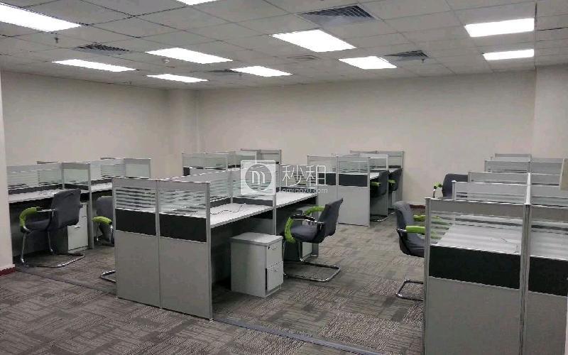 苍松大厦写字楼出租362平米精装办公室125元/m².月