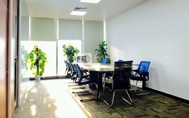 君子广场写字楼出租136平米精装办公室115元/m².月