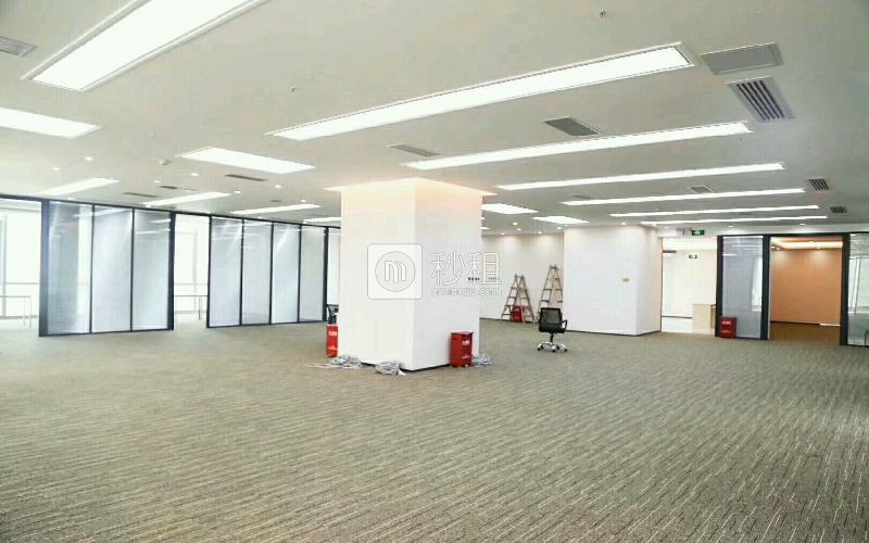大中华国际交易广场写字楼出租1308平米精装办公室168元/m².月