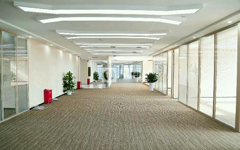 卓越时代广场写字楼出租608平米精装办公室280元/m².月
