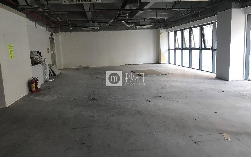 赋安科技大厦写字楼出租448平米毛坯办公室125元/m².月