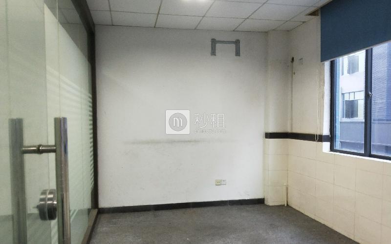 雍启商务大厦写字楼出租100平米简装办公室45元/m².月