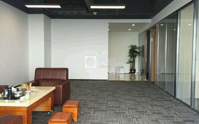 天安云谷写字楼出租190平米精装办公室88元/m².月