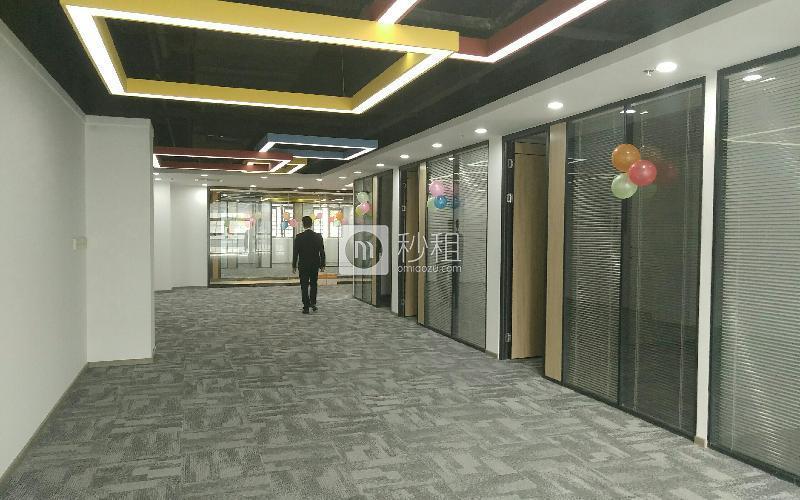 凯达尔集团中心大厦写字楼出租324平米精装办公室120元/m².月