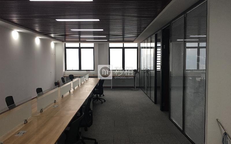 留学生创业大厦米6体育下载出租218平米豪装办公室128元/m².月