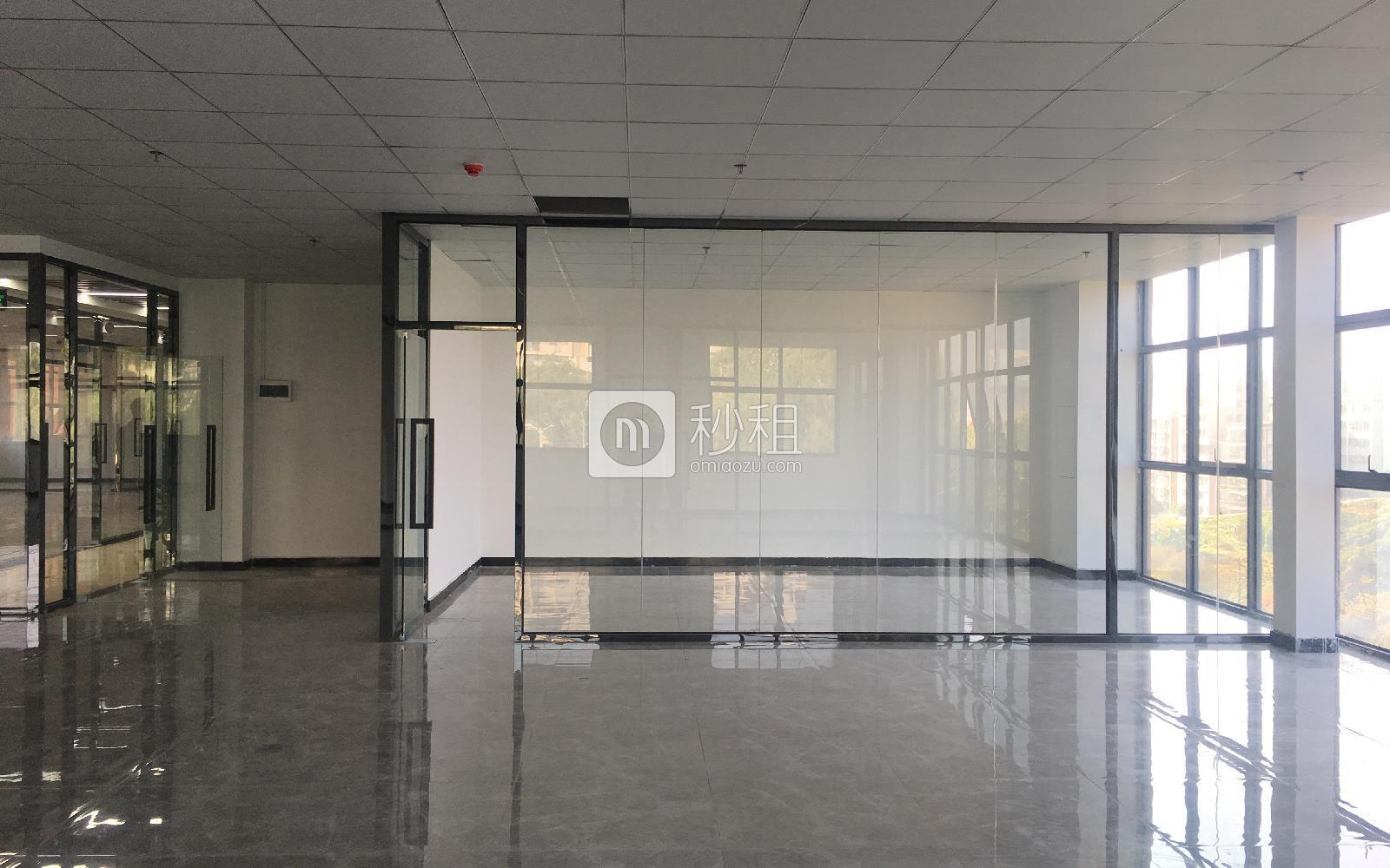 1970科技小镇写字楼出租343平米精装办公室80元/m².月