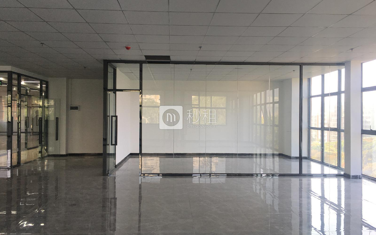 1970科技小镇写字楼出租308平米精装办公室80元/m².月