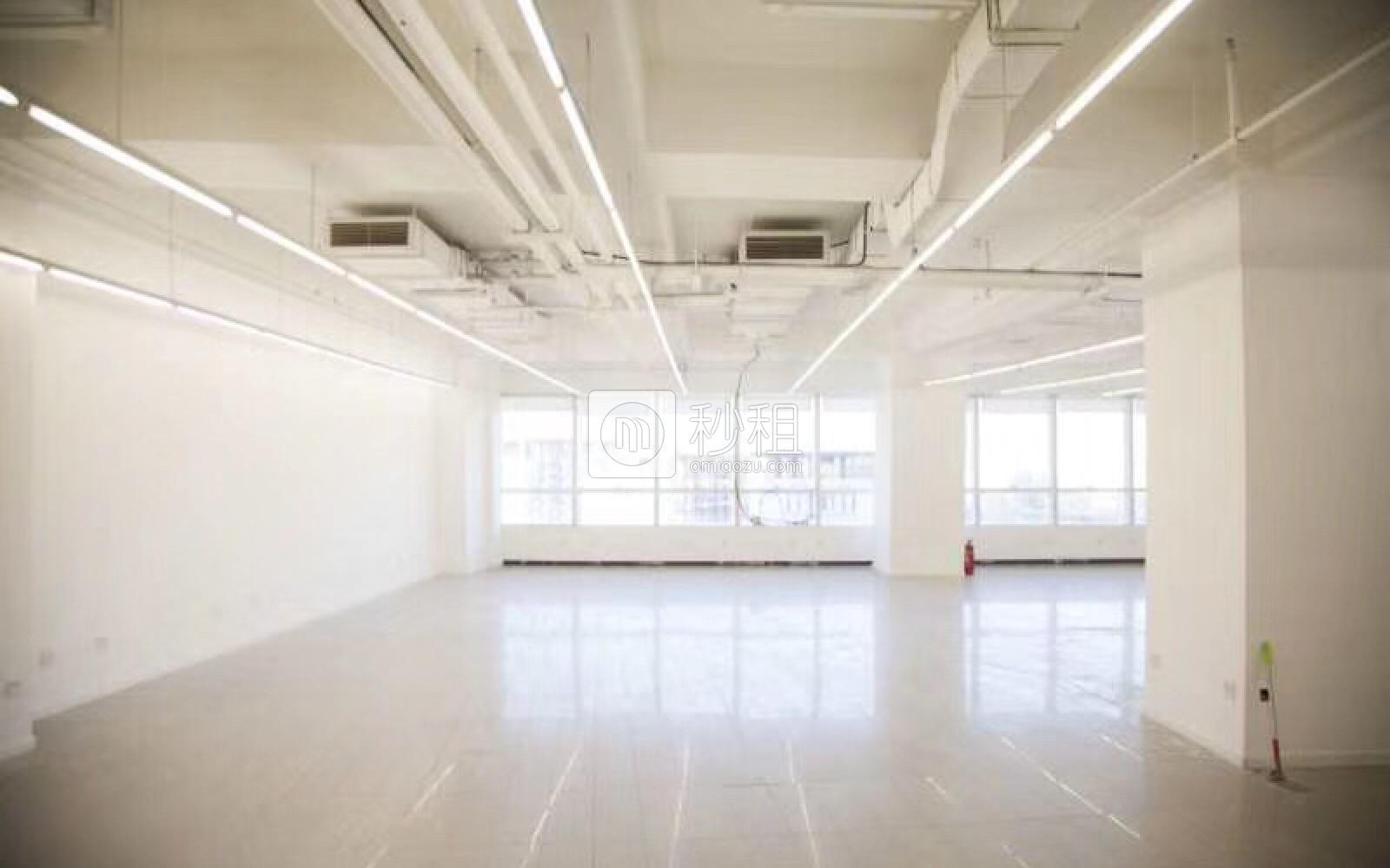 望京SOHO写字楼出租378平米精装办公室6.9元/m².天