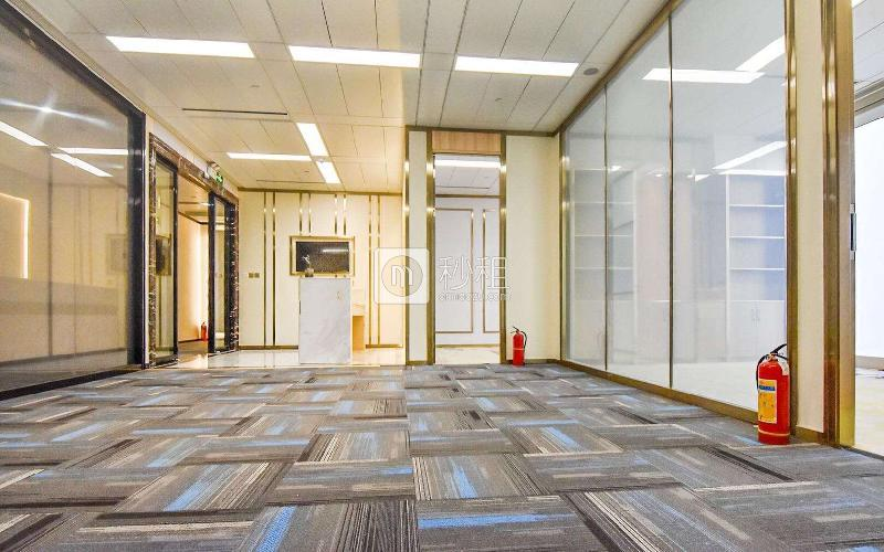 平安國際金融中心寫字樓出租228平米精裝辦公室380元/m2.月