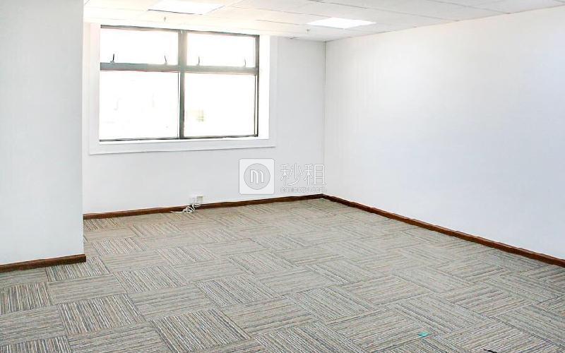 同心大厦(证券大厦)写字楼出租158平米精装办公室115元/m².月
