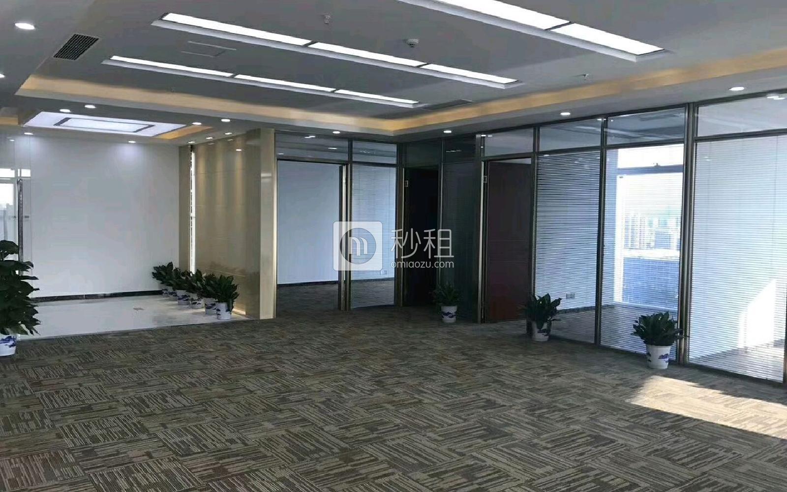 前海卓越宝中时代广场写字楼出租458平米豪装办公室138元/m².月