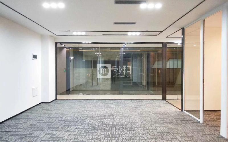 同泰时代中心写字楼出租157平米豪装办公室55元/m².月