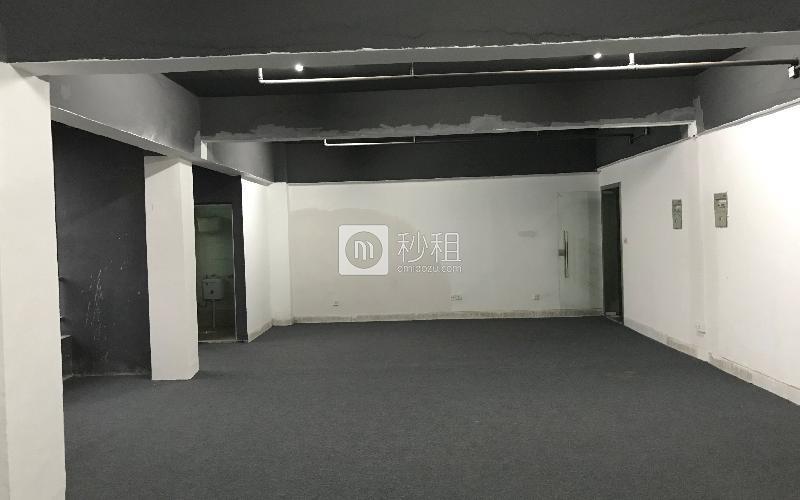 鹏翔大厦写字楼出租100平米简装办公室35元/m².月