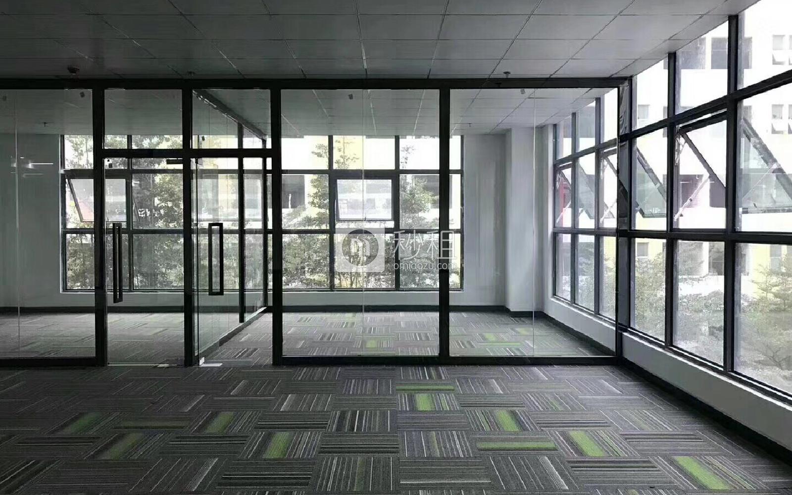 1970科技小镇写字楼出租172平米精装办公室80元/m².月