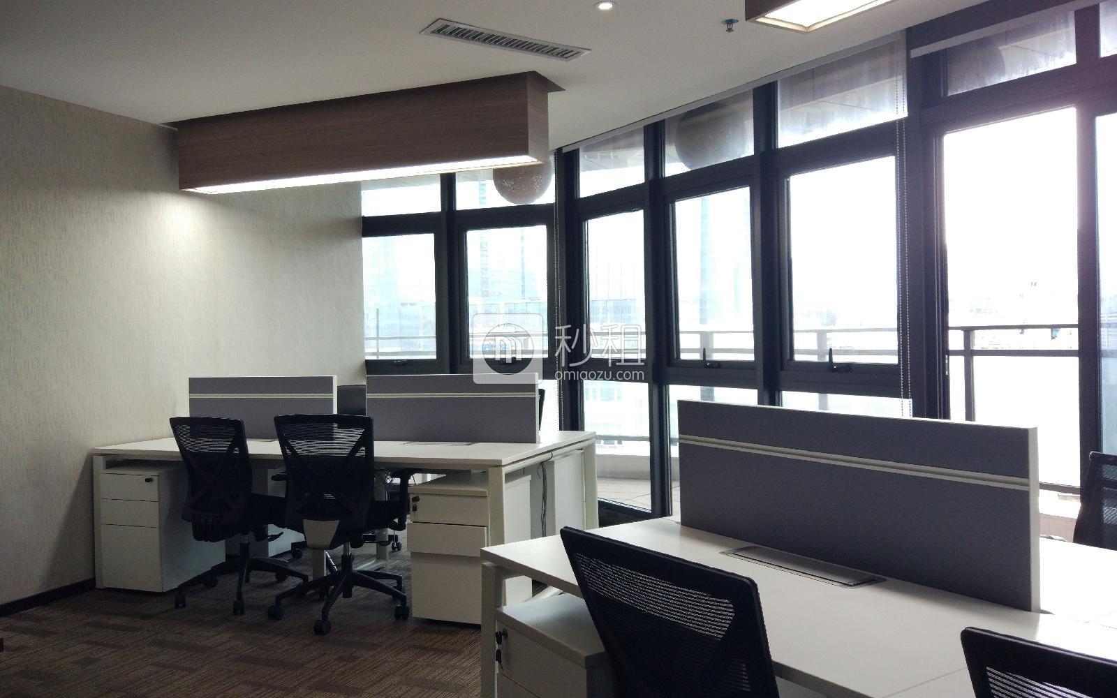 锦会-丽雅查尔顿广场写字楼出租88平米精装办公室22000元/间.月
