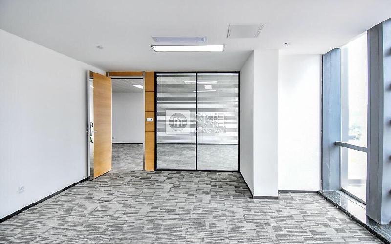 华嵘大厦写字楼出租369平米豪装办公室168元/m².月