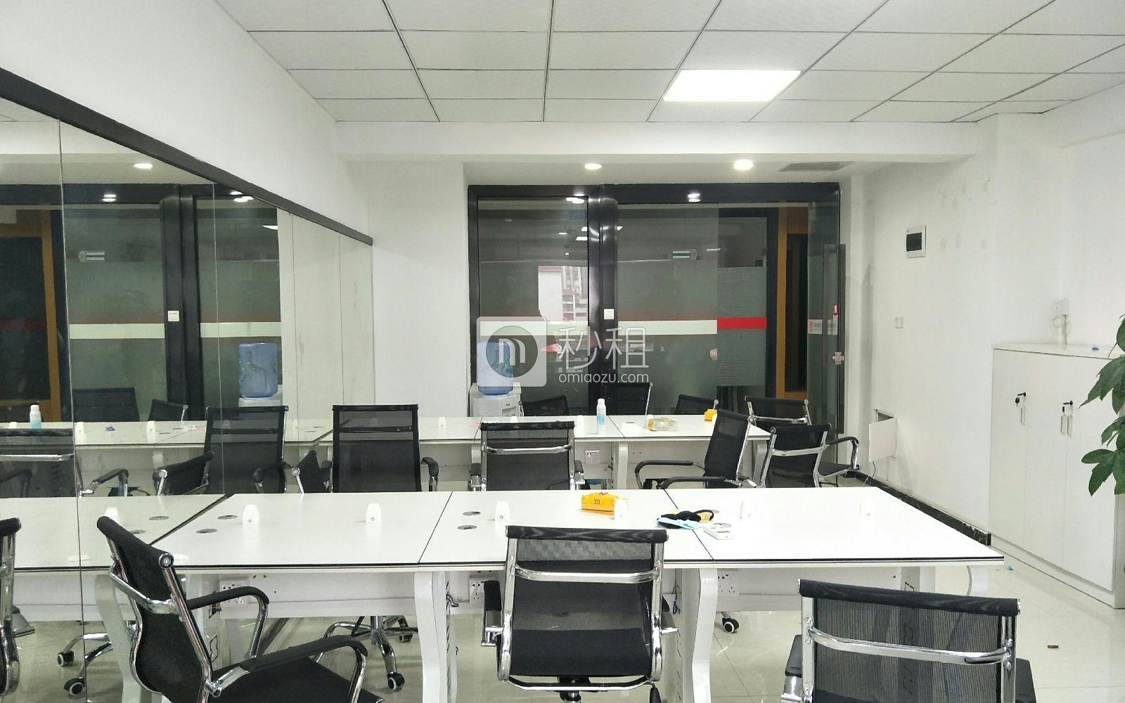 大唐时代大厦写字楼出租72平米简装办公室7500元/月