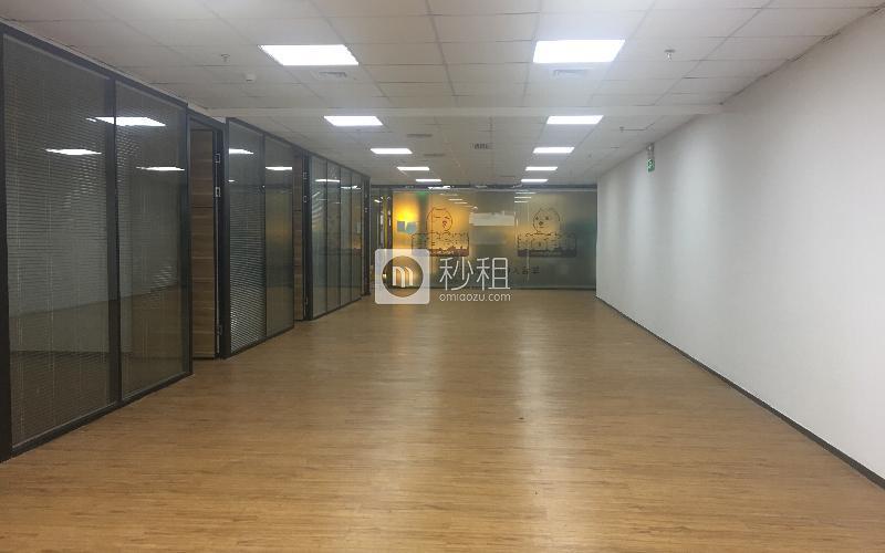 花园城数码大厦写字楼出租328平米精装办公室110元/m².月