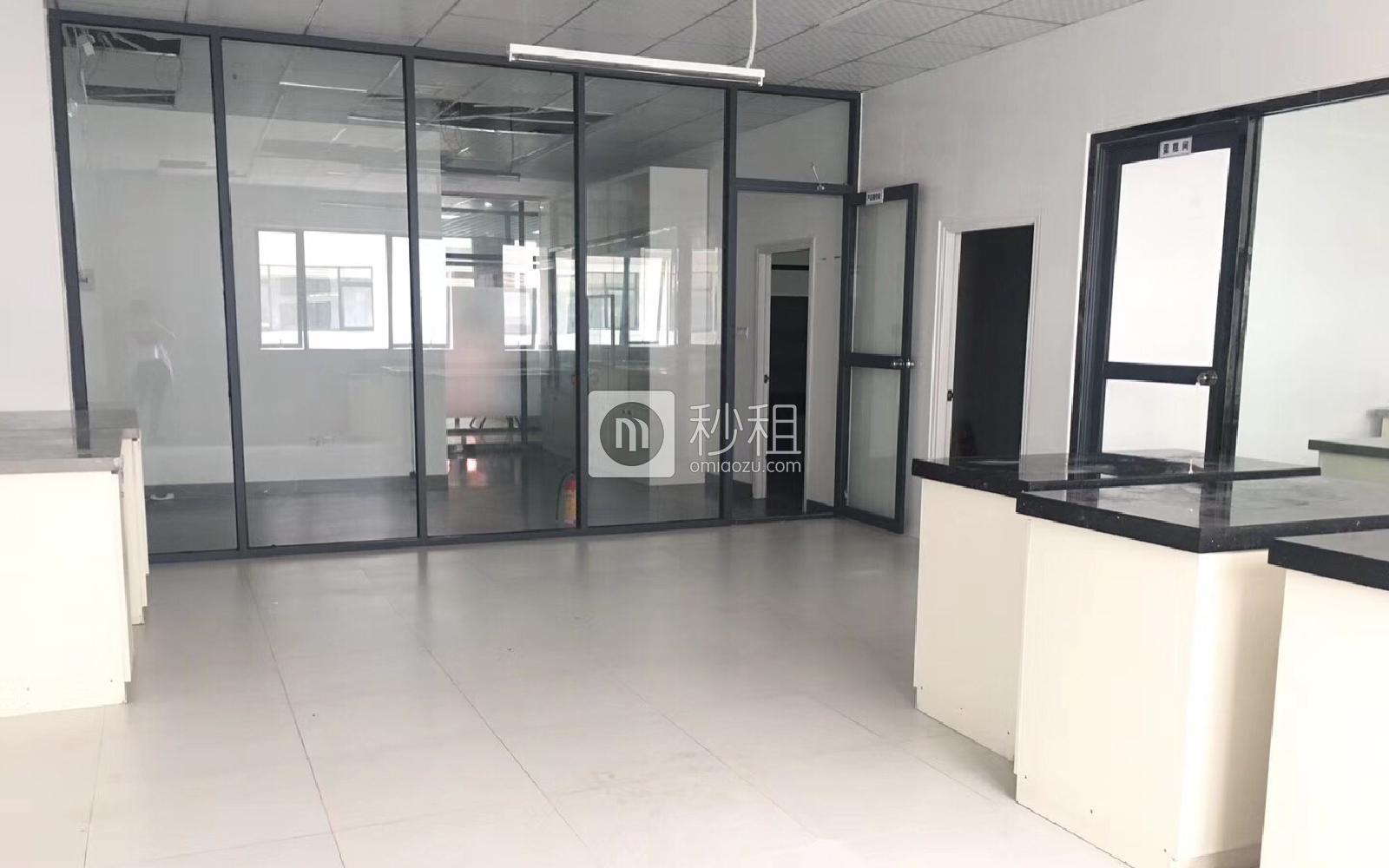 南山睿园写字楼出租215平米精装办公室88元/m².月