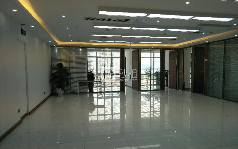 盛唐大厦写字楼出租382平米精装办公室180元/m².月