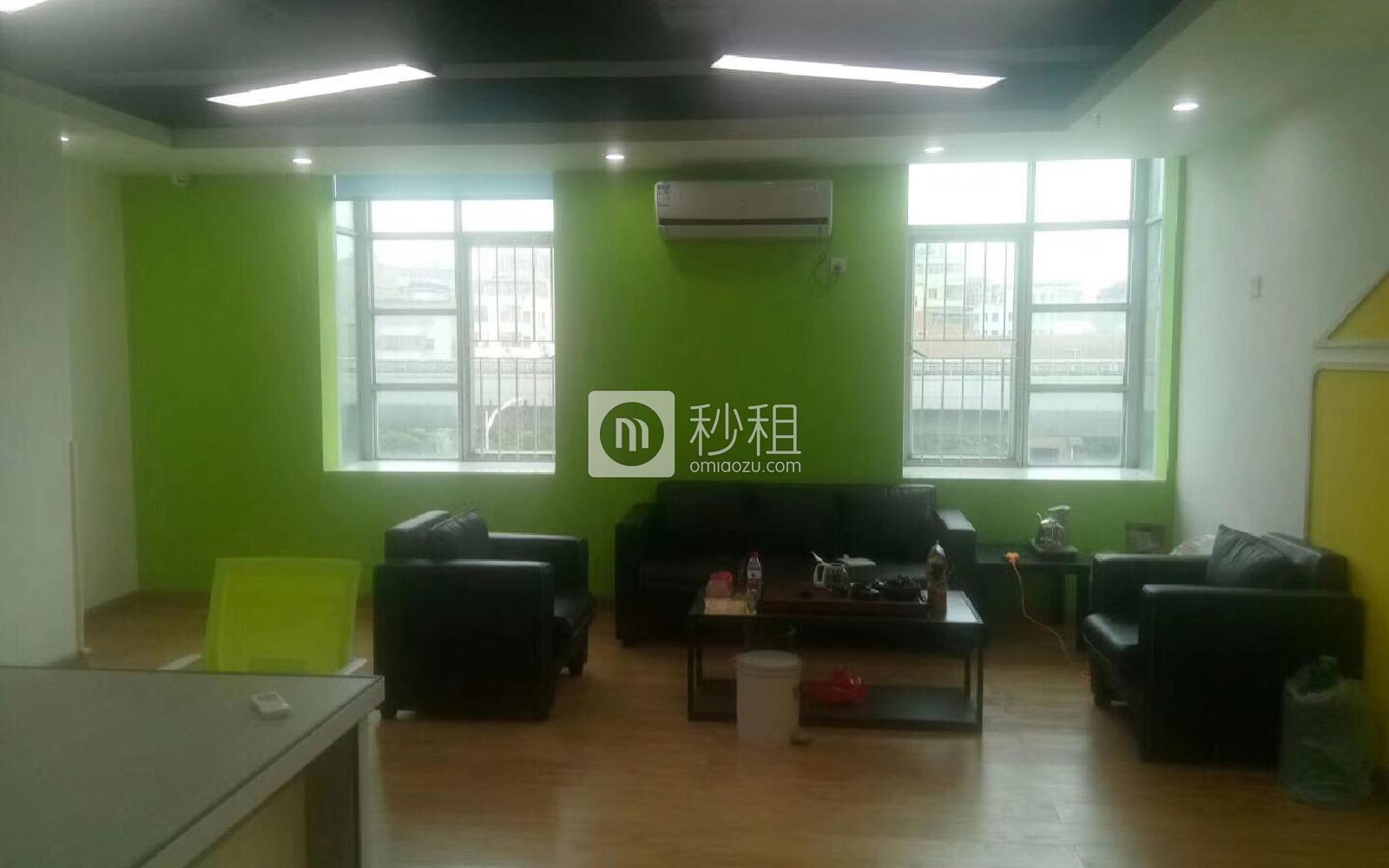 龙岗-龙岗中心城 友和雅商大酒店 88m²