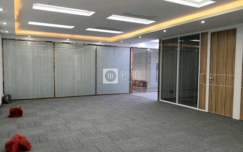 阳光高尔夫大厦写字楼出租195平米精装办公室200元/m².月