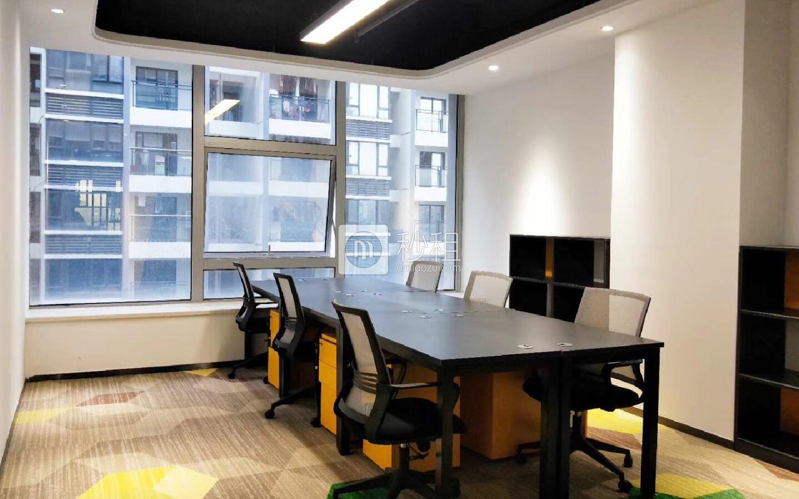 美创空间-同泰时代广场写字楼出租25平米精装办公室4800元/间.月