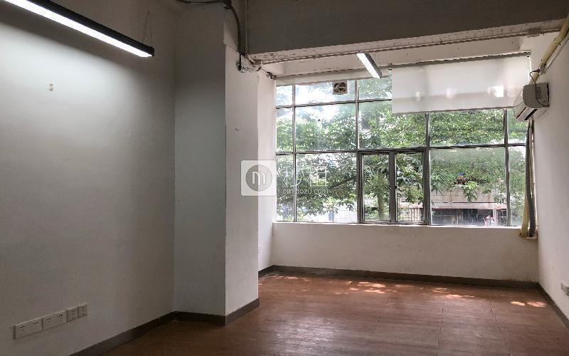 德冠廷-创客汇-富源海滨大厦写字楼出租45平米精装办公室3300元/m².月