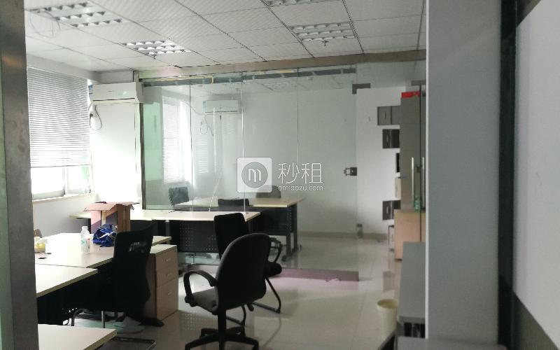 寸金大厦写字楼出租99平米简装办公室105元/m².月