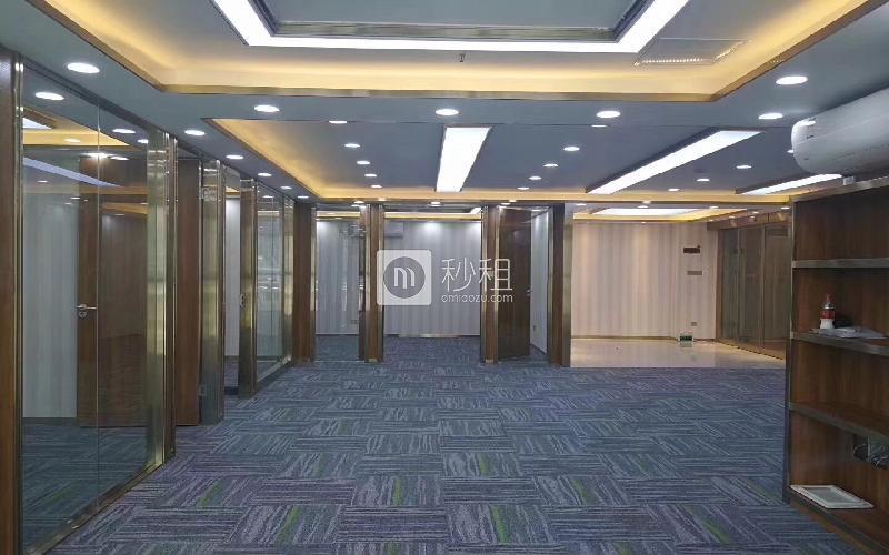 东方银座酒店写字楼出租288平米精装办公室168元/m².月