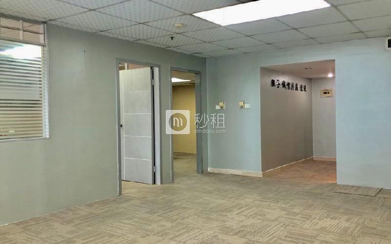 万通大厦 写字楼出租118平米简装办公室109元/m².月