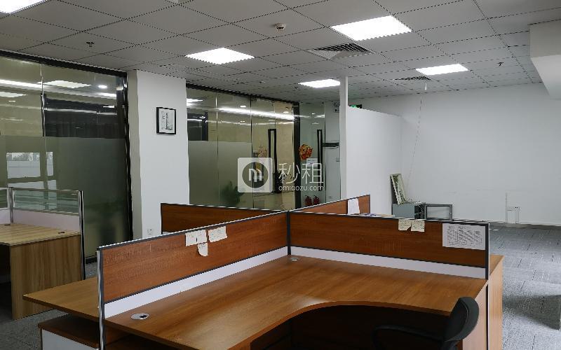 国人通信大厦写字楼出租106平米精装办公室125元/m².月