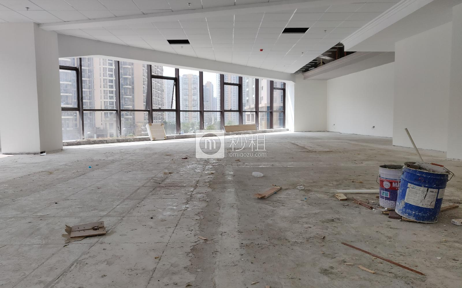 华美居商务中心写字楼出租276平米简装办公室93元/m².月