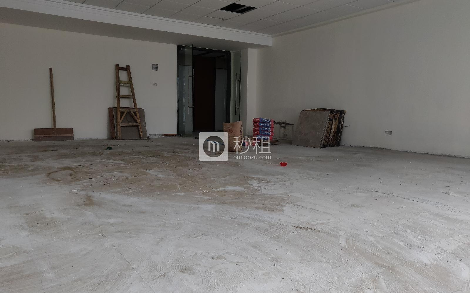华美居商务中心写字楼出租133平米简装办公室95元/m².月