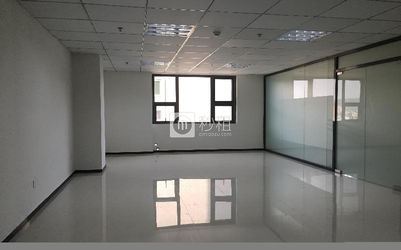 中顺商务大厦写字楼出租135平米简装办公室55元/m².月