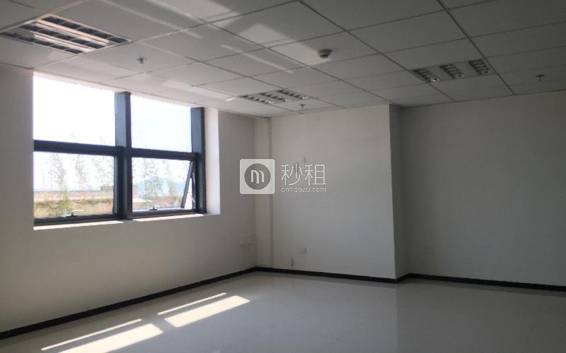 中顺商务大厦写字楼出租175平米简装办公室55元/m².月