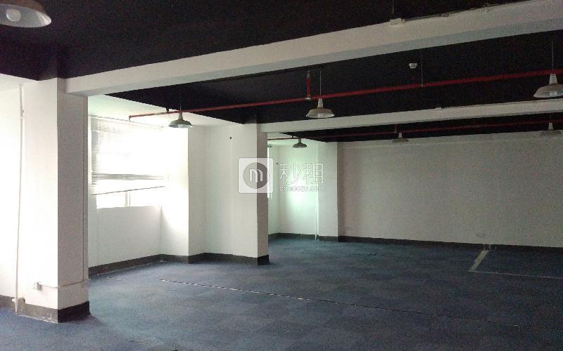 早安商务中心写字楼出租249平米简装办公室60元/m².月