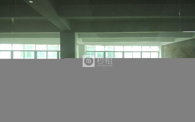 早安商务中心写字楼出租379平米毛坯办公室65元/m².月
