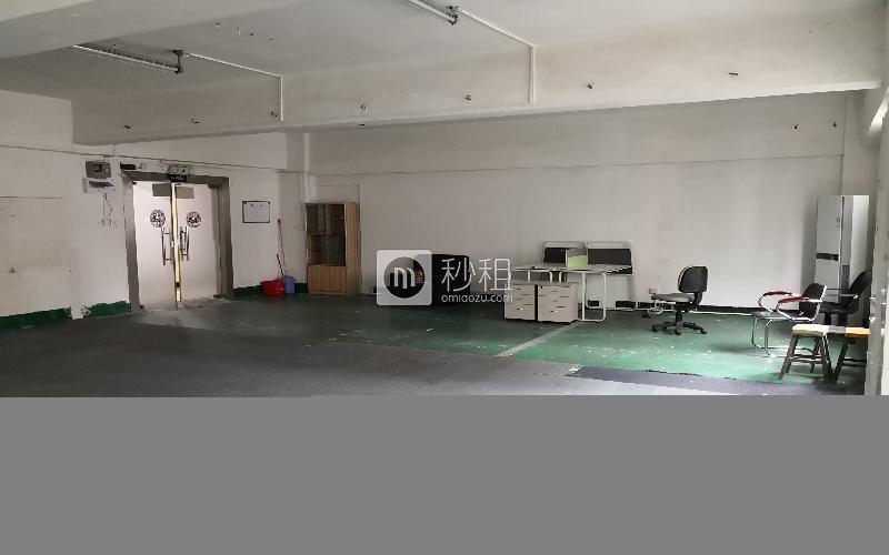 东环创客电商园写字楼出租189平米简装办公室40元/m².月