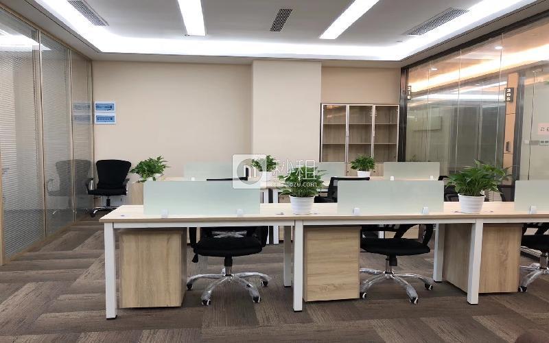 美兰国际商务中心写字楼出租76平米精装办公室78元/m².月