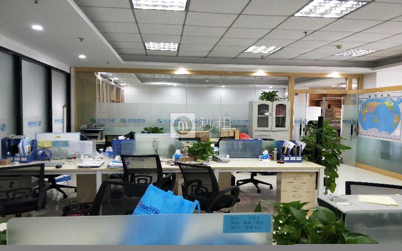 金富来大厦写字楼出租198平米简装办公室60元/m².月