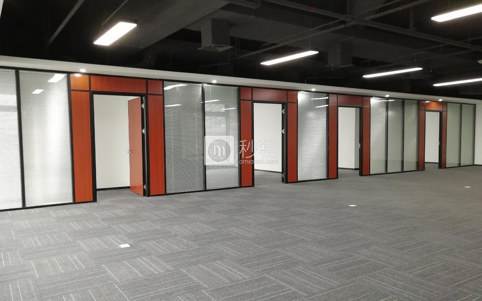 深圳湾科技生态园(三期)写字楼出租629平米精装办公室128元/m².月