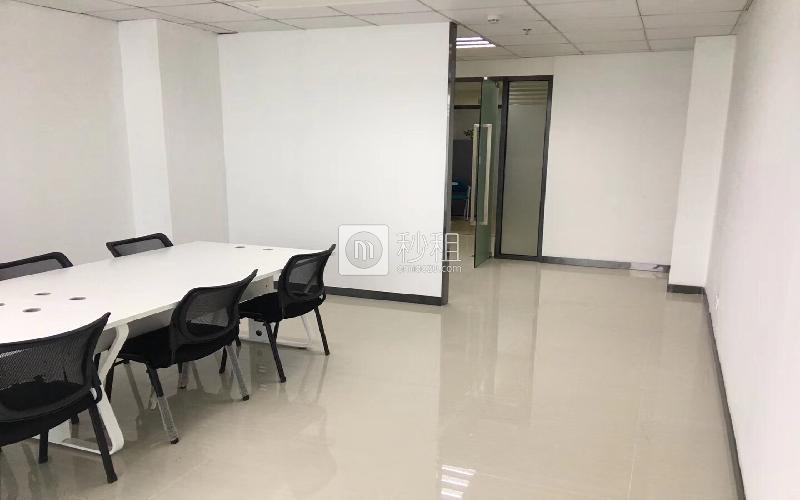 尚美中心大厦写字楼出租78平米简装办公室7800元/间.月